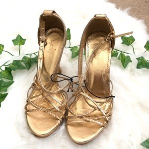 Forever 21 Gold Heels Women's Size 6